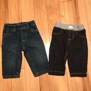 2 pairs of Carter's 6 month pull on jeans.